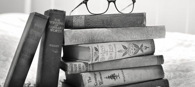 Seven Secrets of Criticism a Book That Sells